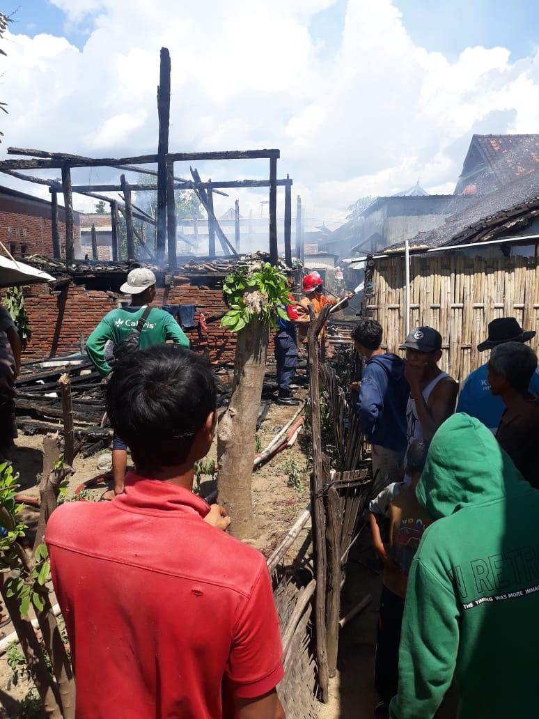 Rumah Warga di Batu Bangka Terbakar