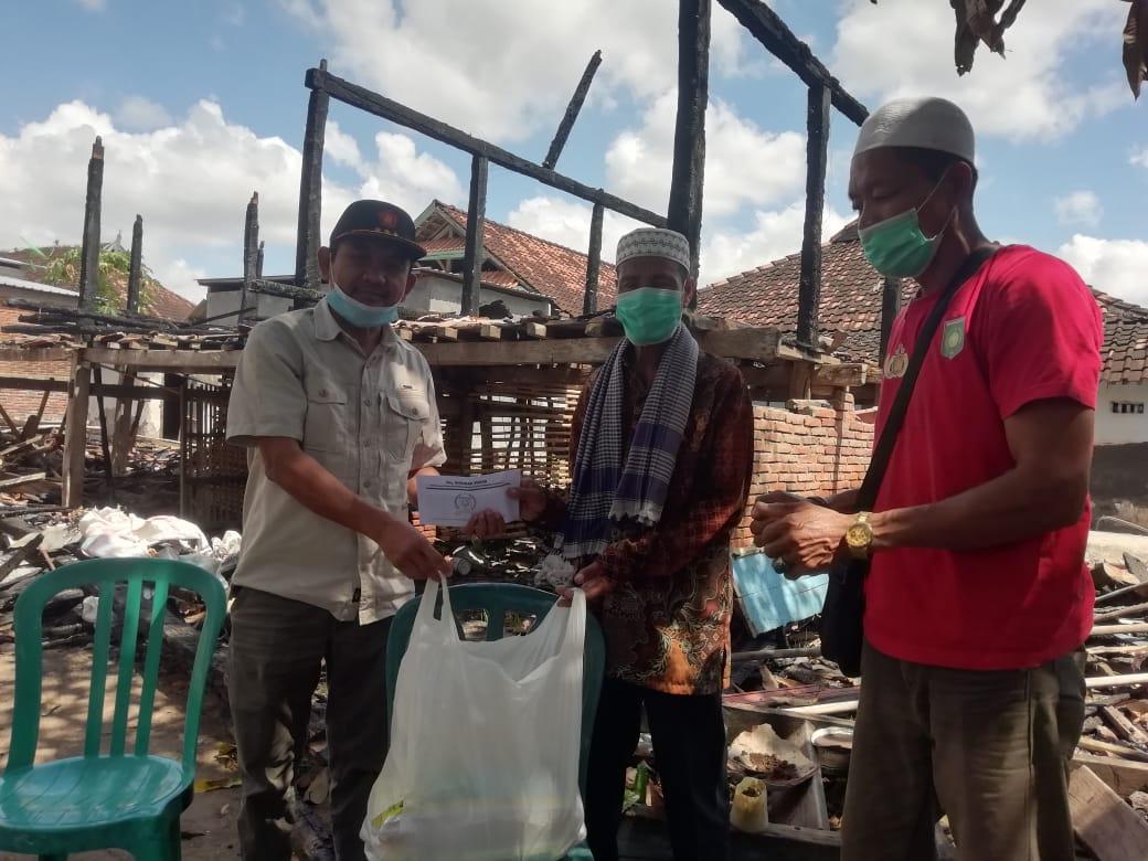 Korban Kebakaran Batu Bangka Kembali Dapat Bantuan, Kini Giliran Waka Ansori